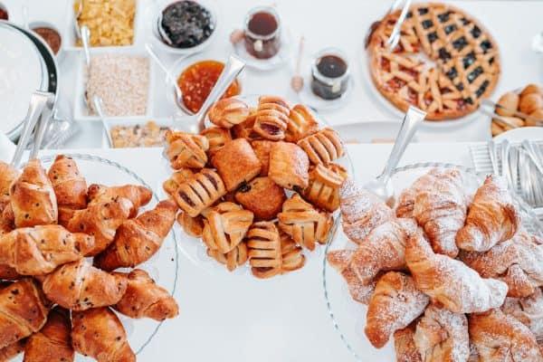 Servizio fotografico aziendale – colazione a buffet in hotel a Lignano Sabbiadoro