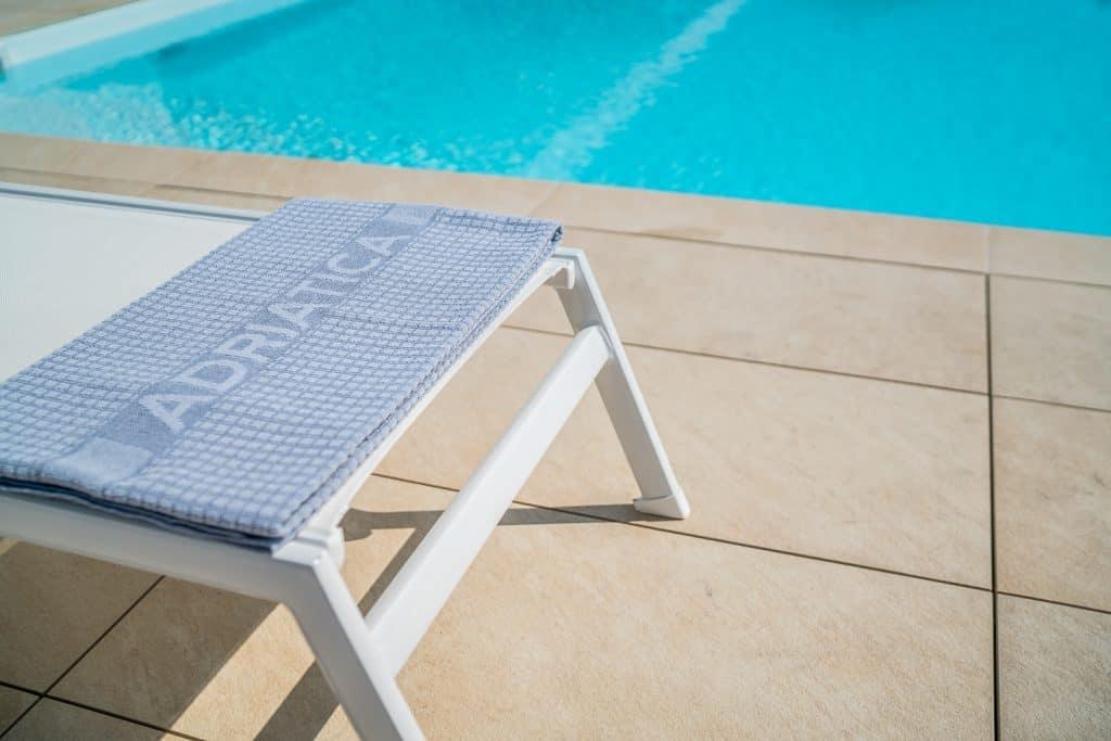 piscina a Lignano Sabbiadoro, fotografo hotel udine