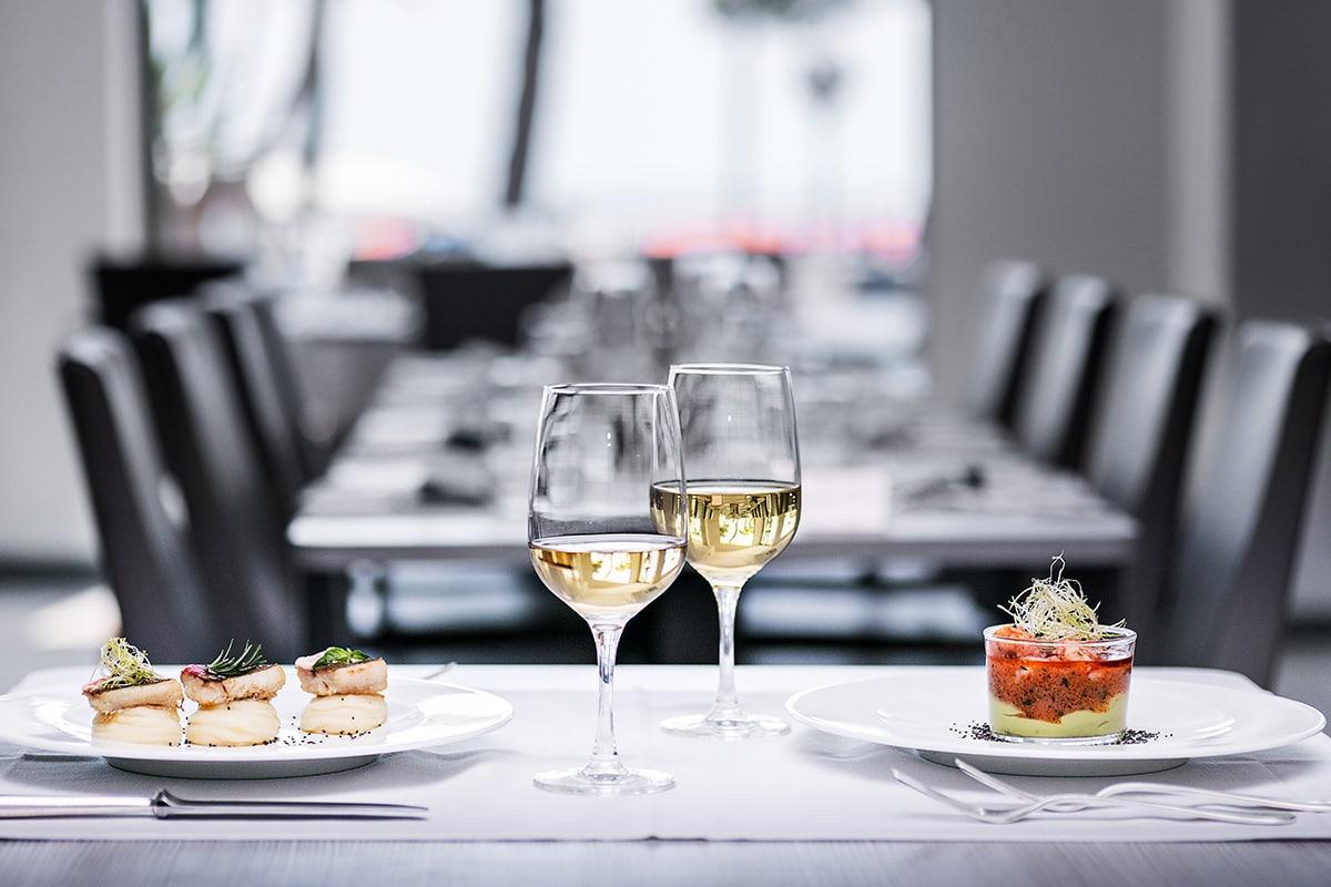Fotografo hotel, mise en place e menu ristorante in hotel