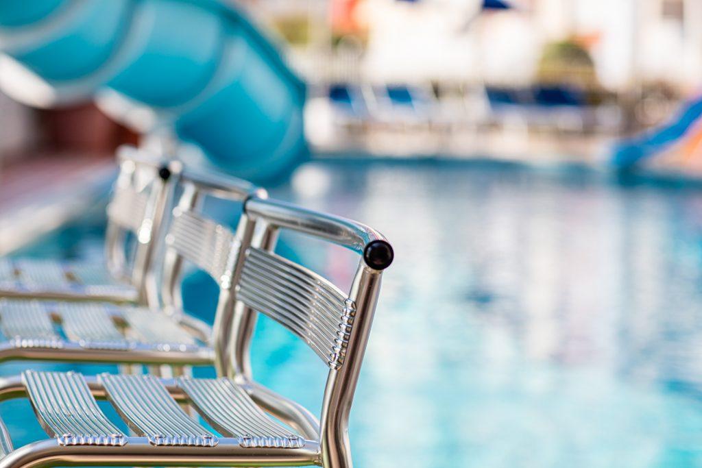 hotel con piscina e scivolo d'acqua a Bibione