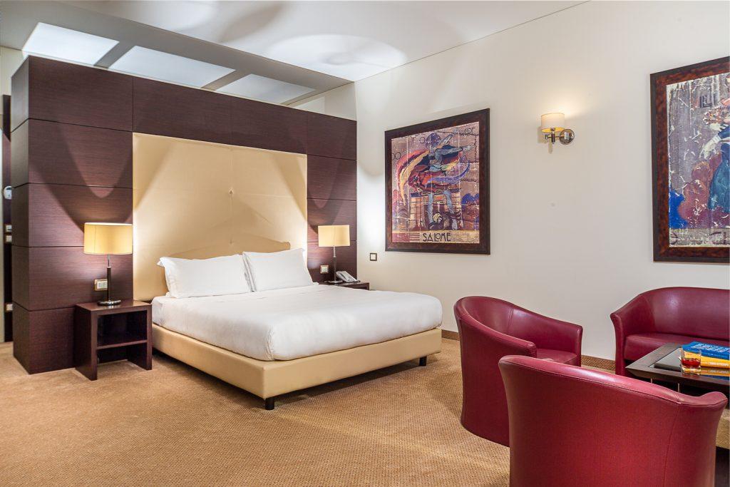Fotografie in business hotel a Trieste con allestimento staging e preparazione delle camere